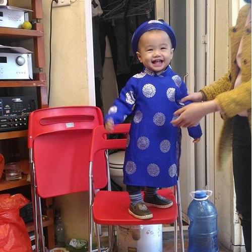 ao-dai-truyen-thong-cho-be9